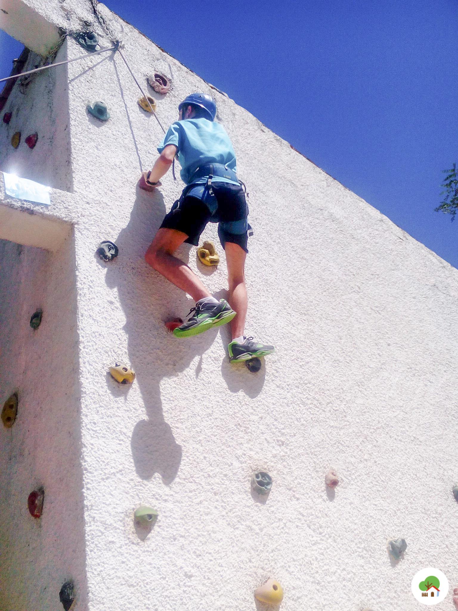 Deportes multiaventura, escalada, campamento Albitana